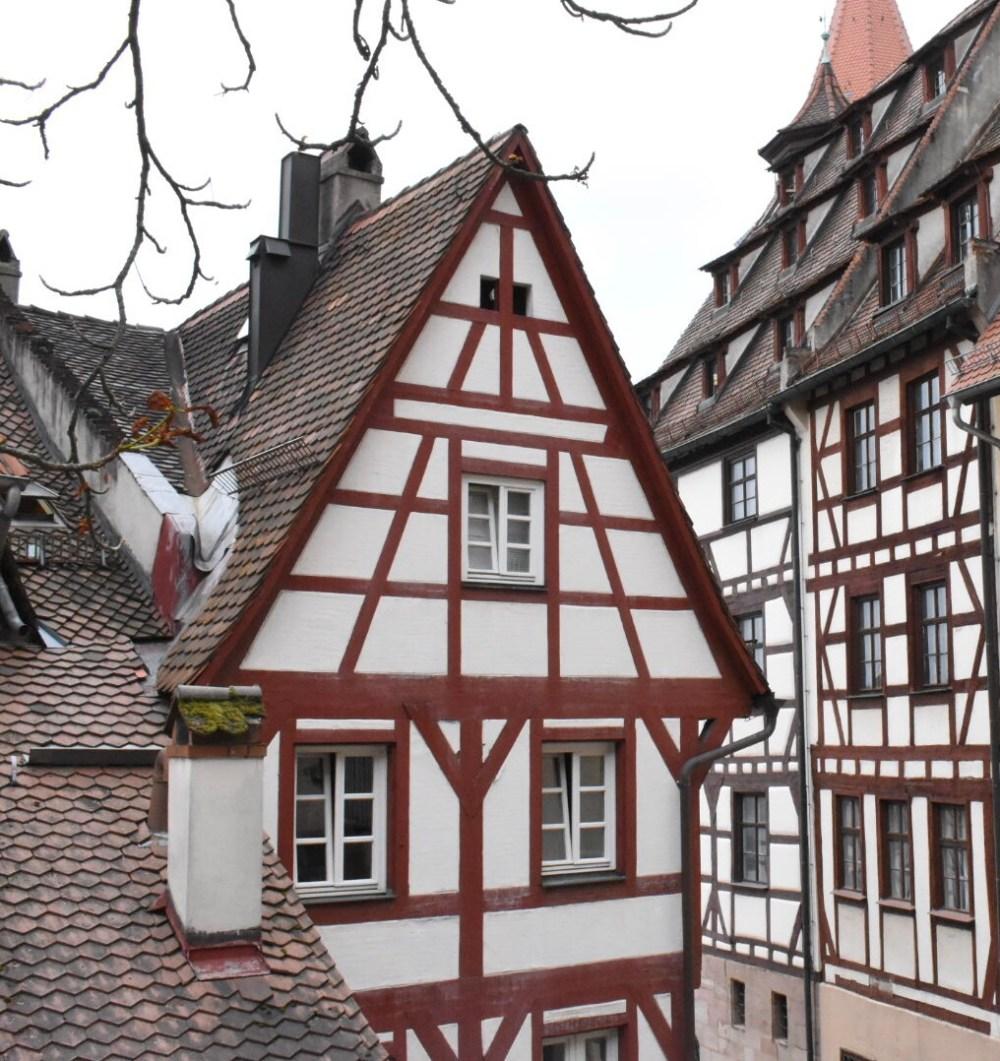 Fachwerkhäuser bei der Burg