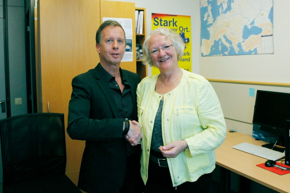 "Powershoots TV ""Positive Energy in Europe"" - Gesine Meissner"