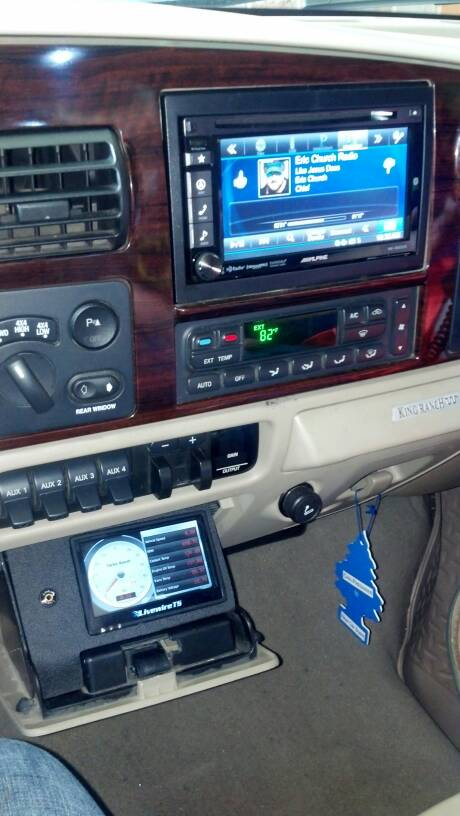 SCT Livewire TS With Edge Dash Mount Ford Powerstroke