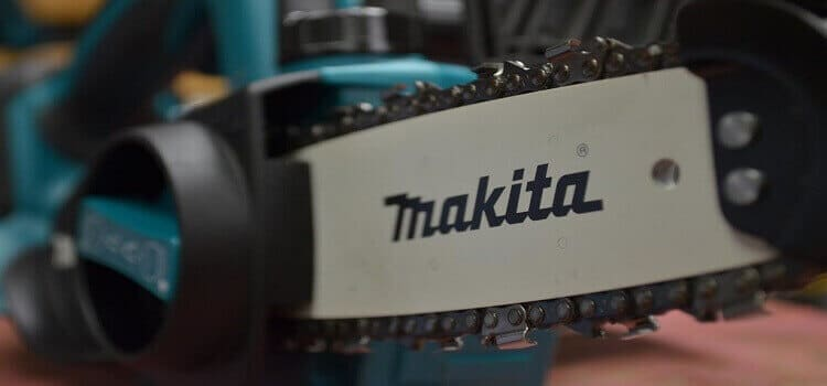 How to Start and Stop a Makita Chainsaw