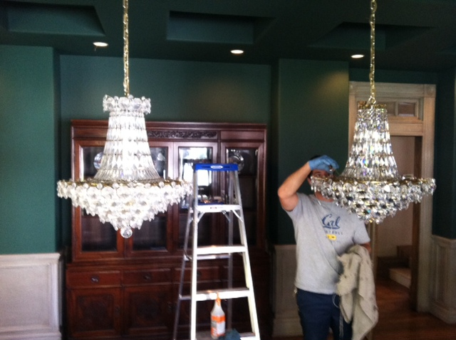 Mirror And Chandelier Cleaning