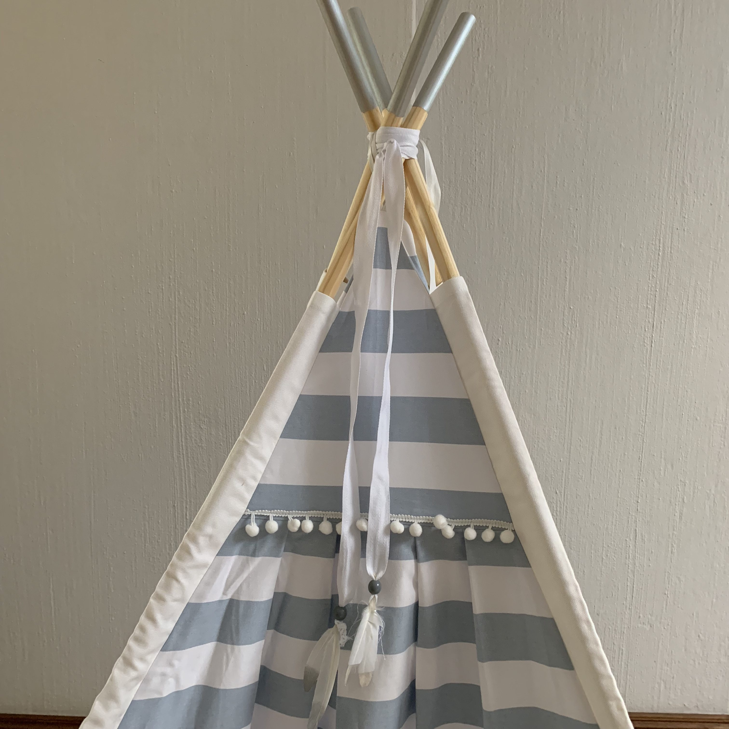 Gender neutral teepees for children