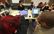 Migrahack brings together journalists, programmers and community