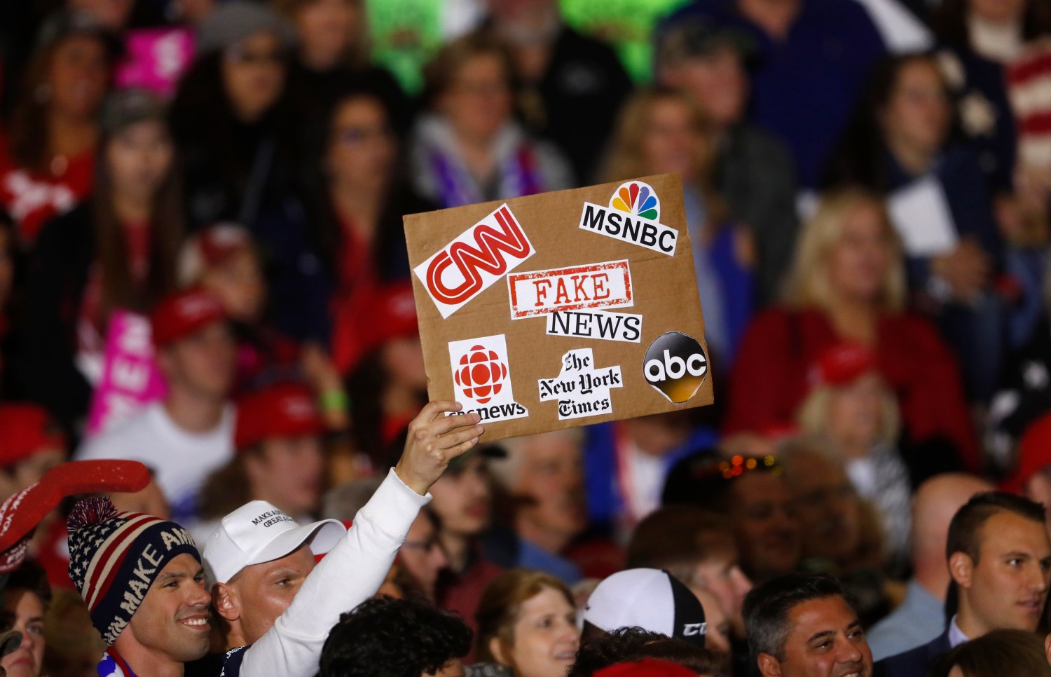 People believe politicians are most responsible for made-up news, but journalists are the ones who must fix it