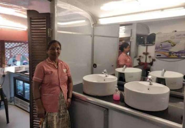 Mobile toilet in pune