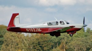 Le 1er avion de Dexter Holland