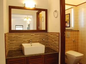 well designed Bathrooms - Prime Property Developers
