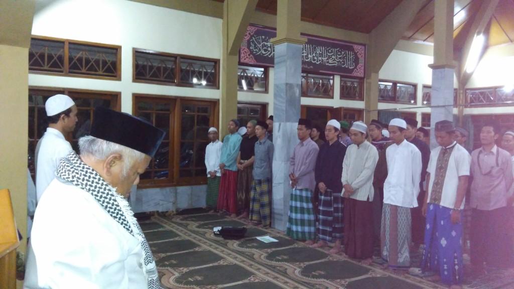 Pentinganya Doa Orang Tua, Guru, Keluarga dan Sahabat
