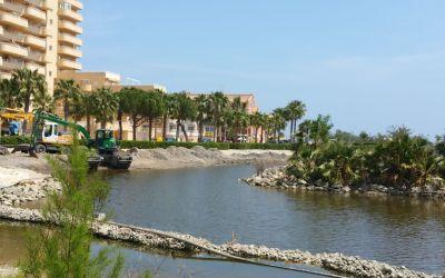 Després de molts anys, els Populars s'alegren que Compromís, per fi netege el llac de la Goleta