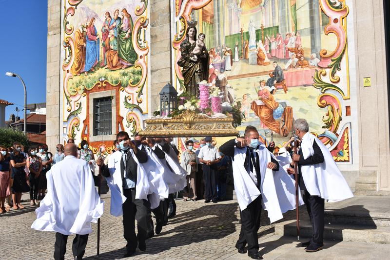 Válega homenageou Nossa Senhora do Amparo padroeira da vila