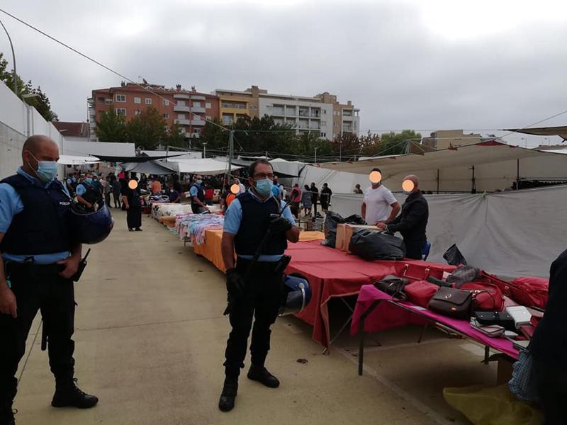 Cinco detidos em ação de fiscalização a vendedores ambulantes