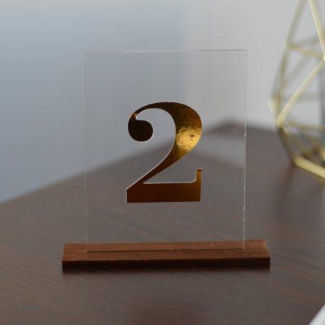 Akrylowe numerki na stoły