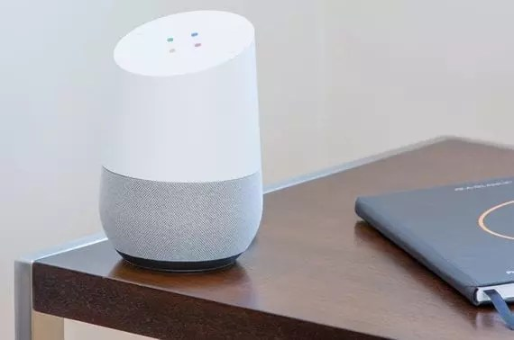Smart speakers, smartphones, and smart devices on the Internet of Things should lead to a lot more voice search in 2019 and beyond. <em>Photo: Thomas Kolnowski.</em>
