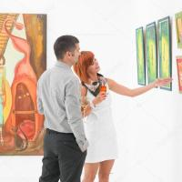 meeting women in galleries
