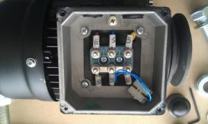 Wiring single phase electric motor to mains electricity?