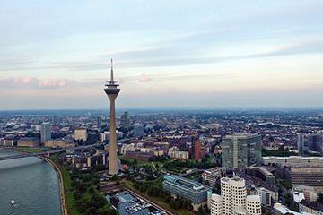 Düsseldorf nach Prag Flug - Luftaufnahme von Düsseldorf