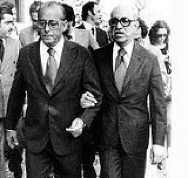https://i1.wp.com/www.pragmatismopolitico.com.br/wp-content/uploads/2013/05/roberto-marinho-figueiredo.jpg