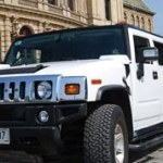 Want a limousine airport transfer in Prague?