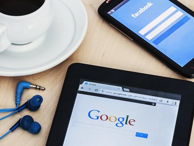 Google and Facebook take action against false news websites