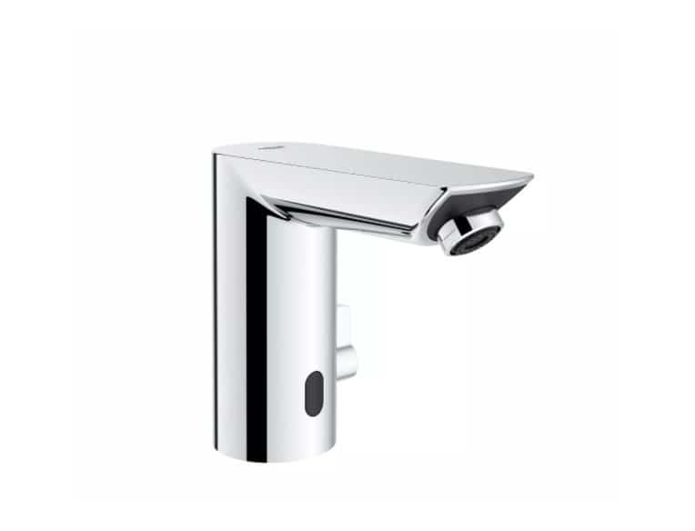 grohe bau 1005653738 cosmopolitan battery powered single hole touchless bathroom faucet with temperature control lever starlight chrome