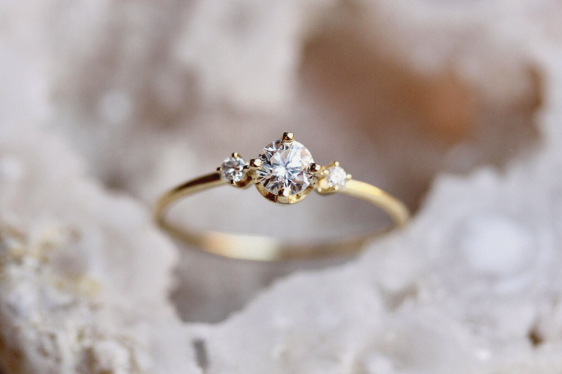 20 Of The Most Beautiful Unconventional Engagement Rings Under 1 000 Praise Wedding