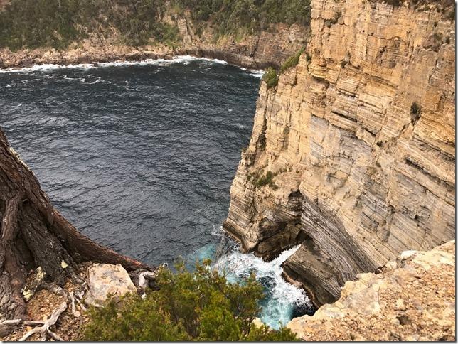 22 Costa Tasmania