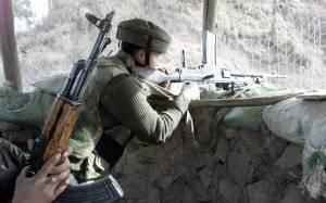 मुठभेड़ में आतंकवादी के मारे जाने के बाद श्रीनगर के कुछ हिस्सों में प्रतिबंध लगाये गये