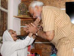 narendra modi-mother