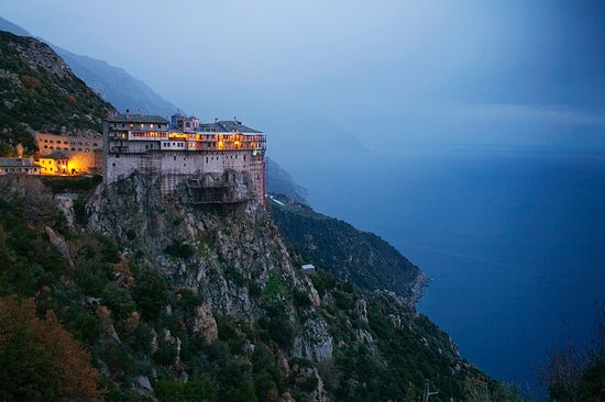The Monastery of Simonopetra, Mt. Athos. Photo: Travis Dove / travisdove.com