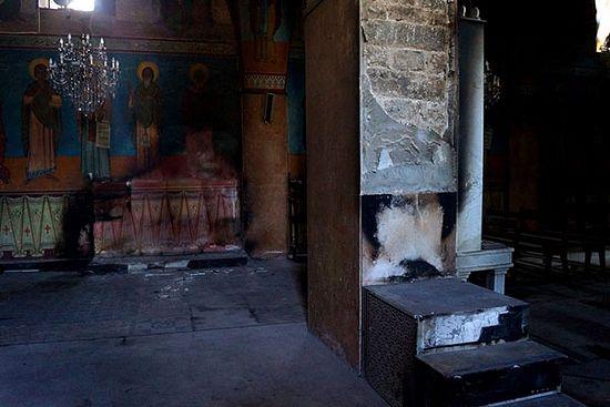 Хомс. Црква Св. Елиана, у којој се налазе у целом блискоисточном региону јединствене фреске са приказима светаца, међу којима су Св. Серафим Саровски и Сергије Радоњешки