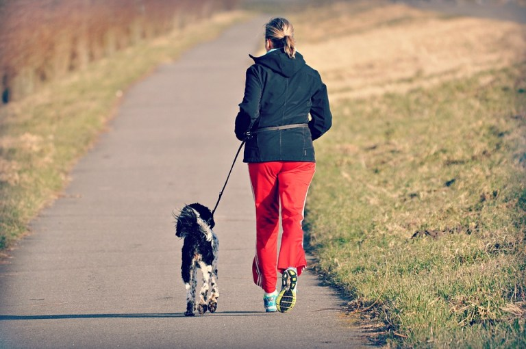 woman jogging - Psychotherapy Counselling Coaching › Psychologie Halensee