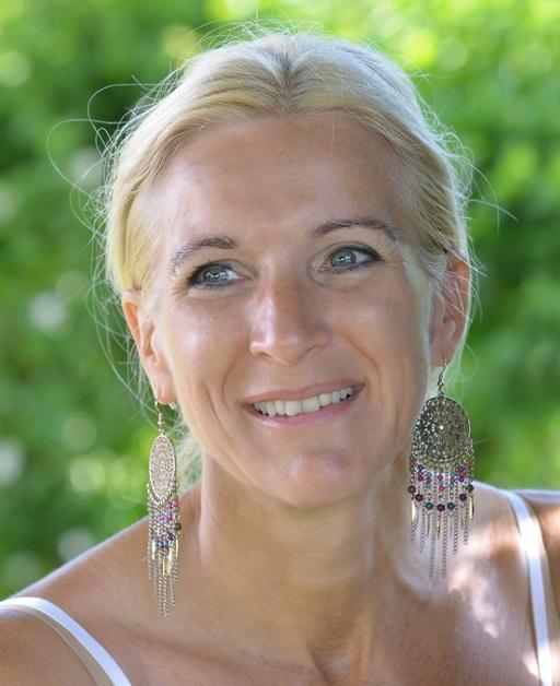 Andrea Hirzberger 2014 Lavita