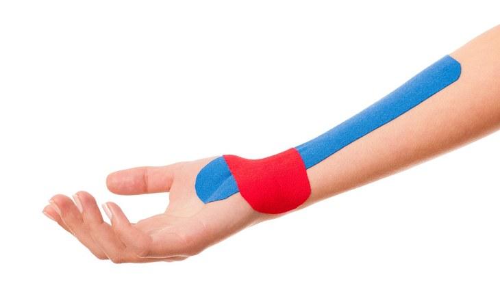 handgelenk tapen schmerzen einfach