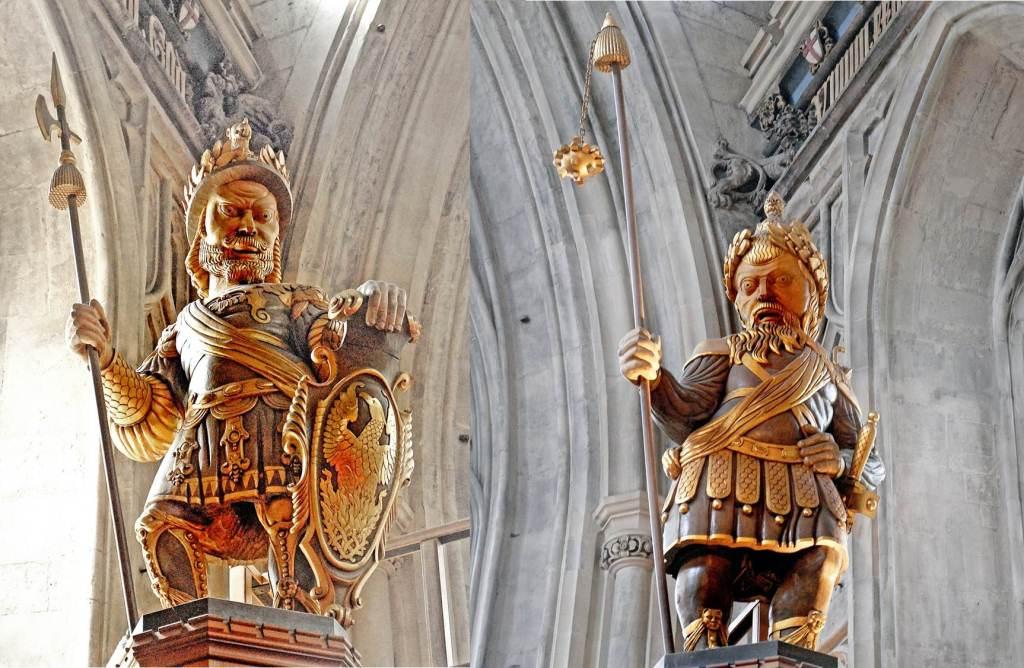 Estátua de Gog e Magog, no Guild Hall, Londres.