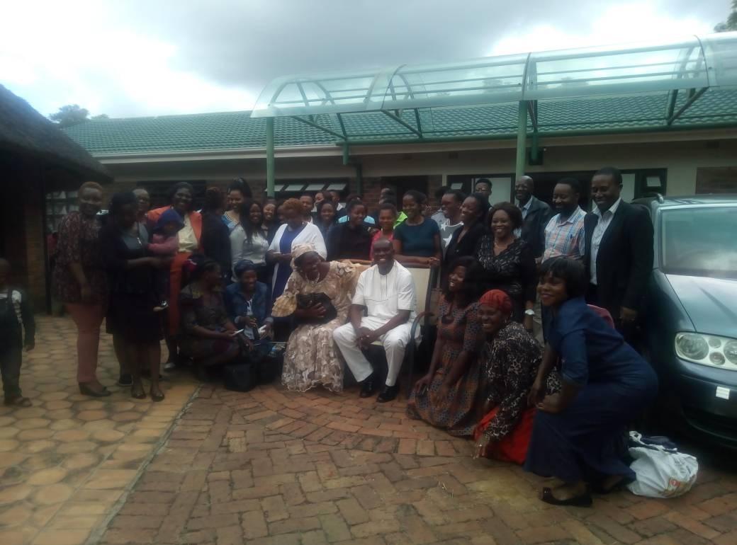 ZIMBABWE RDT 35 GROUP PHOTOGRAPH