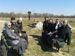 A moment of Koinonia with Latin Rite Nuns from Lugoj_x950
