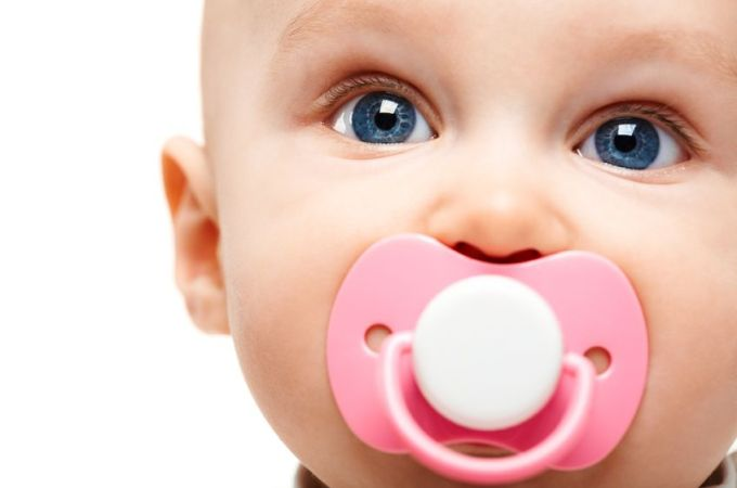 when to use and wean the paci
