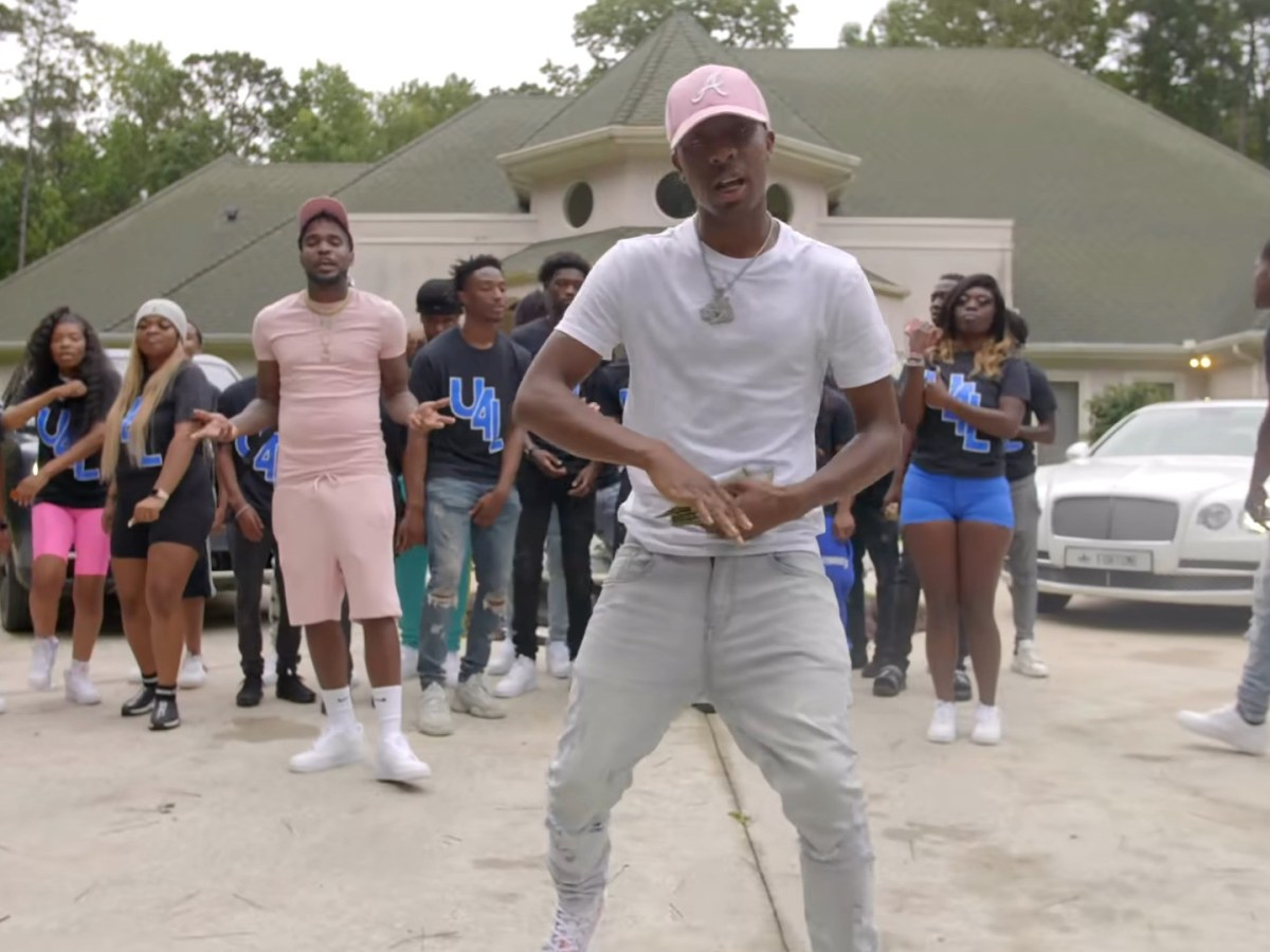 """Luh Dino Links With 1Playy For """"IDGAF"""" Video"""