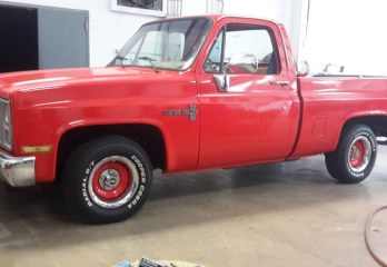 Chevy C10 Stereo