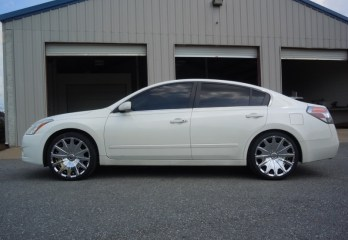 Nissan Altima Wheels
