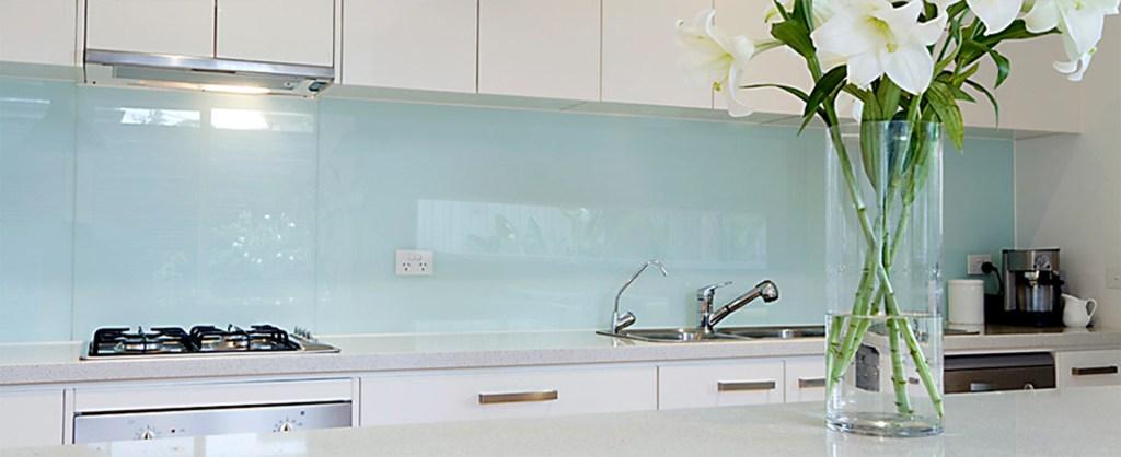 White glass splashback