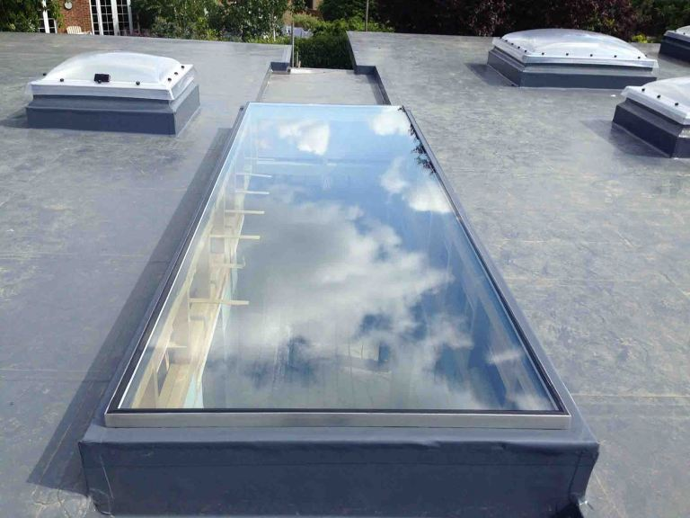 External rooflight on Upstand