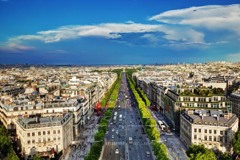 6 ruas para fazer compras em paris preciso viajar. Black Bedroom Furniture Sets. Home Design Ideas