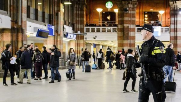 The inquiry began over a year ago when police at Amsterdam Central Station realised that adults were controlling young pickpockets