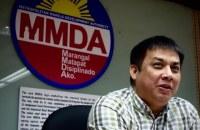 JOKER JOJO. MMDA Assistant General Manager Jojo Garcia gives a press briefing. File photo by Rambo Talabong/Rappler
