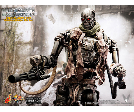 Hot Toys T-600  Weathered Rubber Skin Version