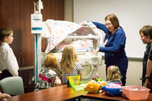 sibling support, NICU siblings, preemie siblings, NICU, hand to hold, preemie babies 101