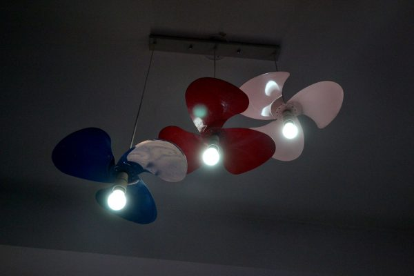 DIY Pendant lights made of Table fan blades