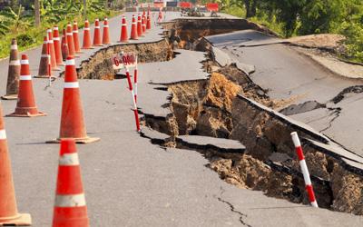 Monoline Earthquake