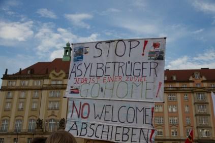 Pegida_Dresden_09